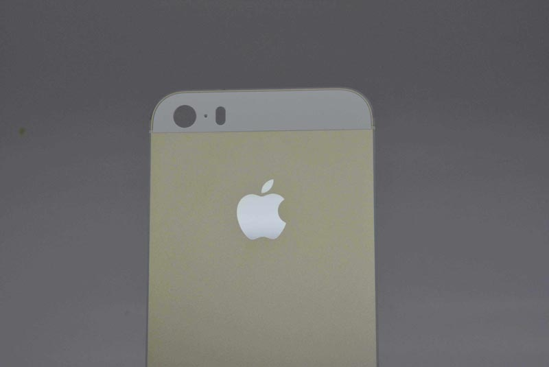 iPhone 5S สีทอง champagne