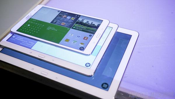 Samsung-Galaxy-TabPro-8-4-10-1-12-2-CES-2014-5