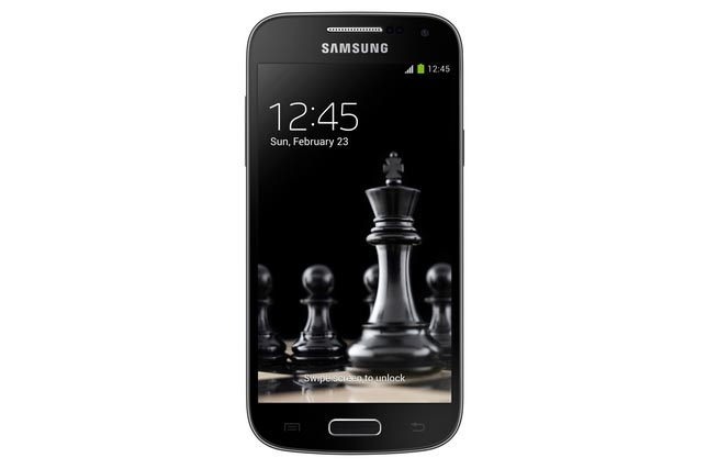 Samsung Galaxy S4 and S4 mini, black editions1