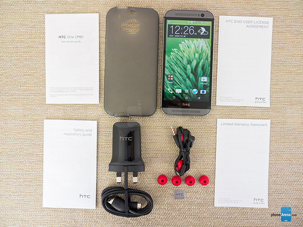 HTC-One-M8-Review-002-box