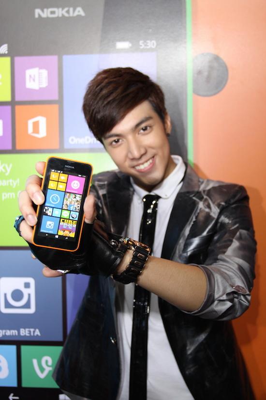 Nokia-Lumia-530-th-flashfly-03