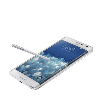 A-phone-with-an-edge-Samsung-Galaxy-Note-Edge-with-curved-screen-is-official (3)