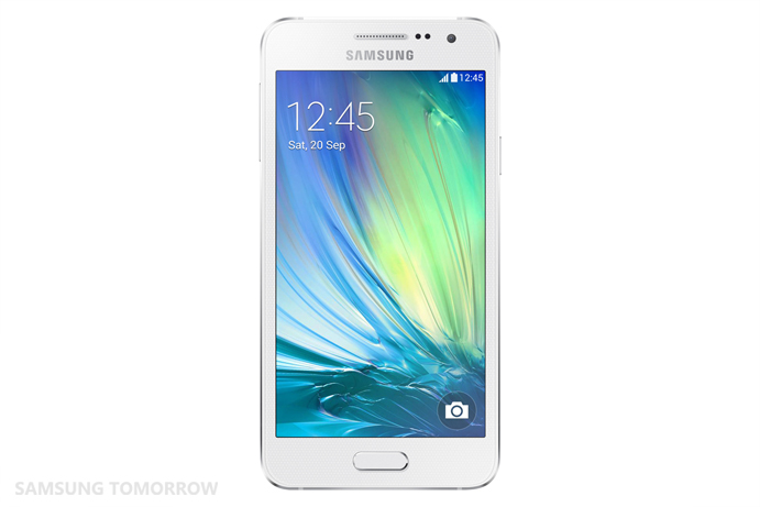 Galaxy-A3_-Front_Pearl-White-2
